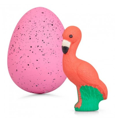 Gigantyczne jajko flaminga – wykluwający się flaming