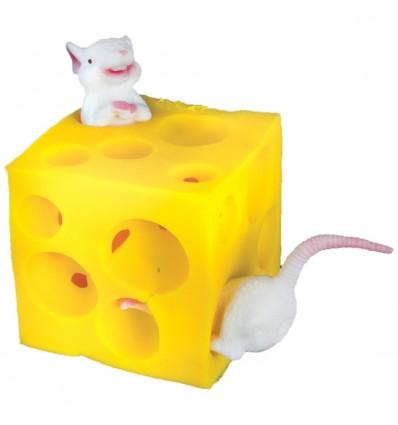 Szwajcarski Ser z Myszkami w Środku - mysz w serze