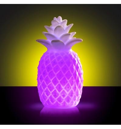 Ananas zmieniający kolor